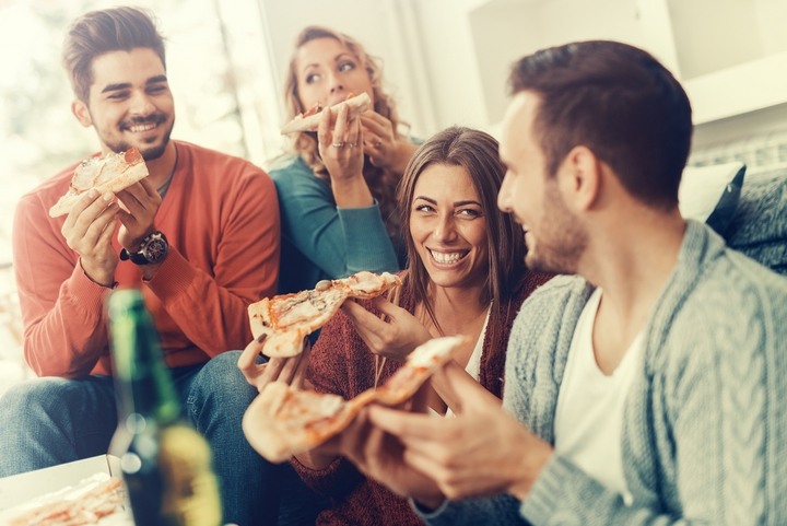 6 Exciting Pizza Themed Parties for Adults